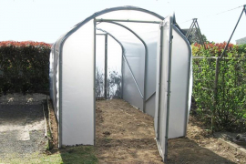 serres tunnels de jardin fabriqu es en france jardin couvert. Black Bedroom Furniture Sets. Home Design Ideas