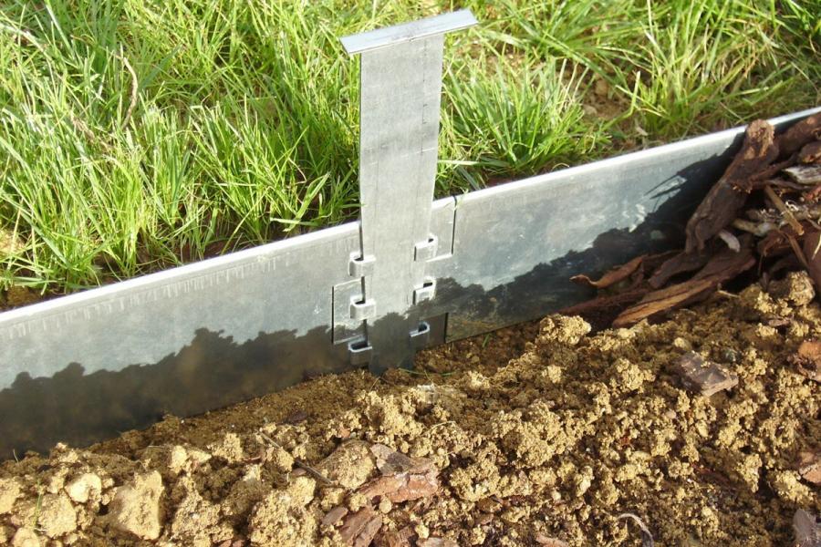 Bordure plane acier jardin couvert - Bordure beton de jardin ...