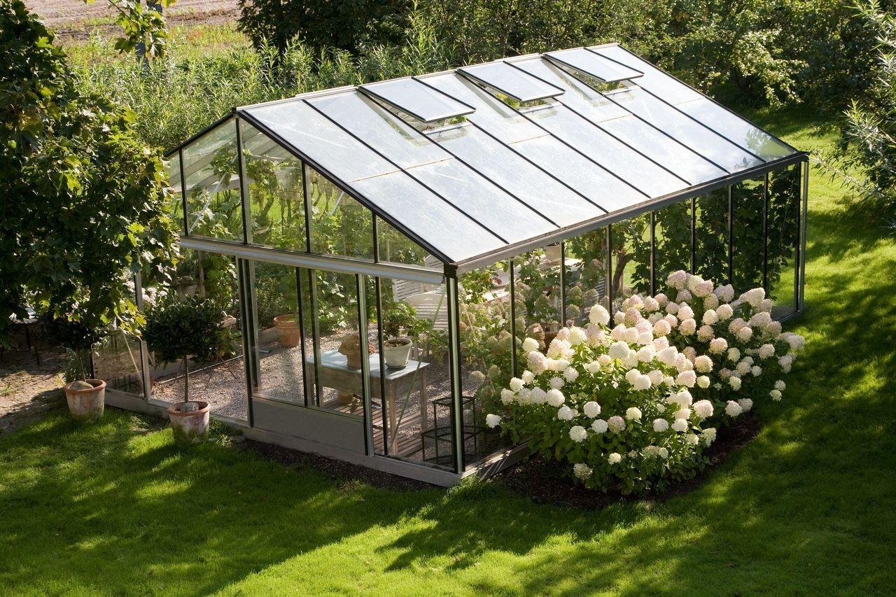 Serre de jardin : verre, polycarbonate & aluminium - Jardin Couvert